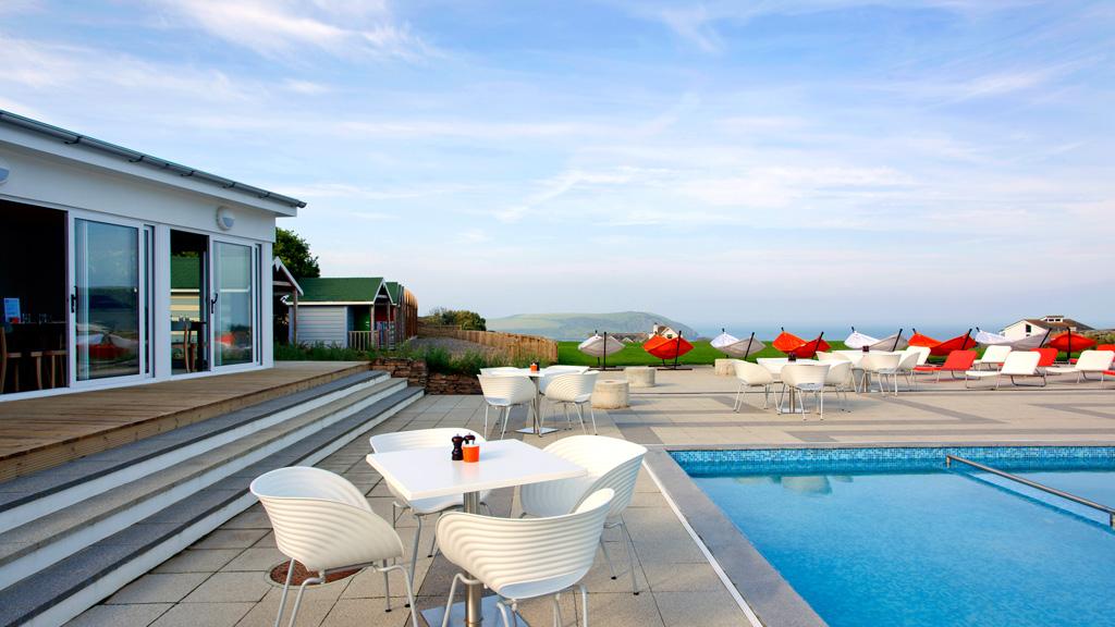 Sweet-Direction-St-Moritz-sea-side-poolside-relaxing-breaks-in-cornwall