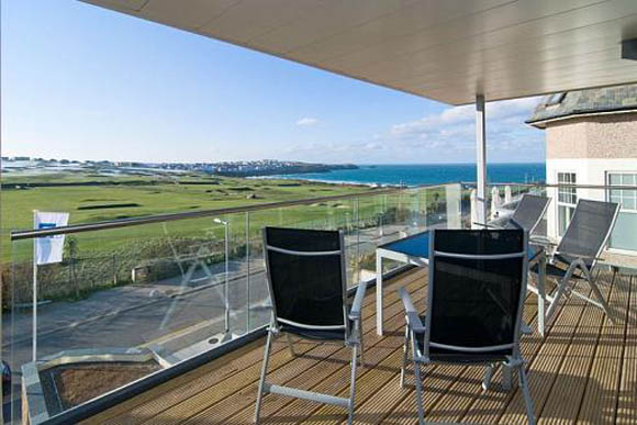 Top 10 luxury seaview holiday apartments to rent in Newquay