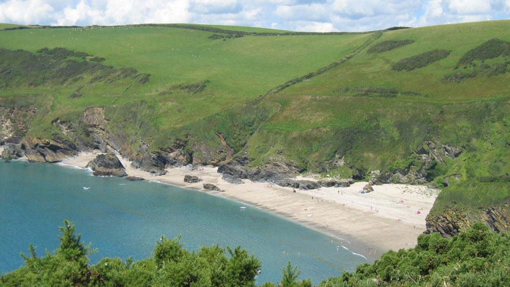 lantic-bay-view-down-to-beach-nt-ranger-1400x788
